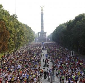 Gesperrt für den Verkehr - Die Straße des 17. Juni bei alljährlichen Marathon